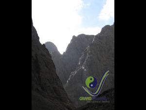 Yoliin Am - Bearded Vulture's Canyon