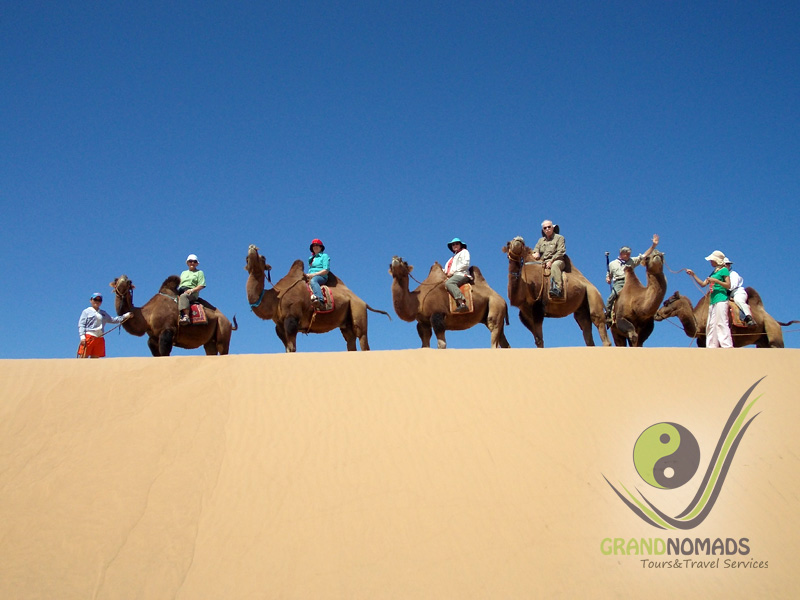 Camel riding in Elsen Tasarkhai.