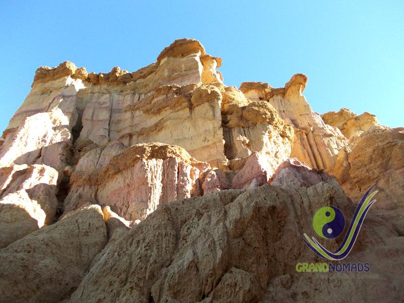 "Tsagaan Suvarga ""White Stupas"" - Natural Wonder."