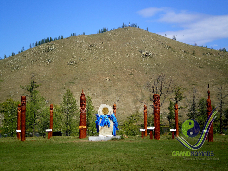 Visit the historical places related to Chinggis Khan in Binder.